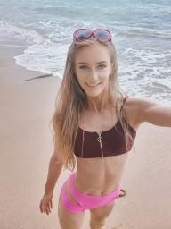 julia_poledancer